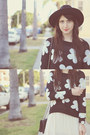 Daisy-print-sway-chic-sweater-black-topshop-hat-pleated-forever21-skirt