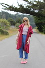 Bubble-gum-loafers-vintage-shoes-crimson-oversized-vintage-cardigan
