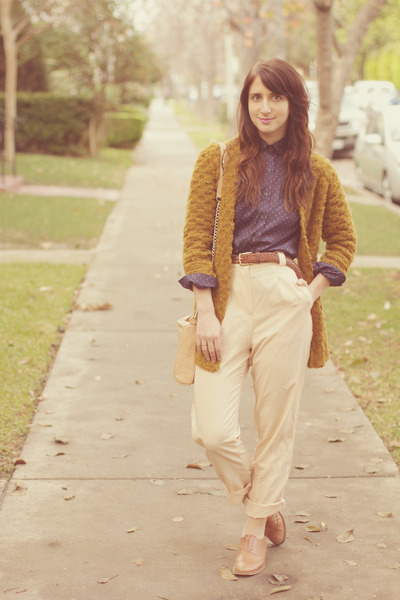 peach trousers American Apparel pants - bronze oxfords Steven shoes