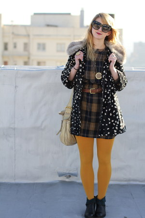 mustard mustard f21 tights - black leather booties Anthropologie shoes