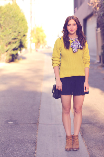 navy pleated mini Forever21 skirt - mustard knit Forever21 sweater