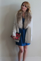 blue big shoulder vintage dress - white bow pea Betsey Johnson coat
