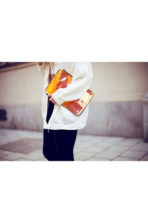 orange H&M bag