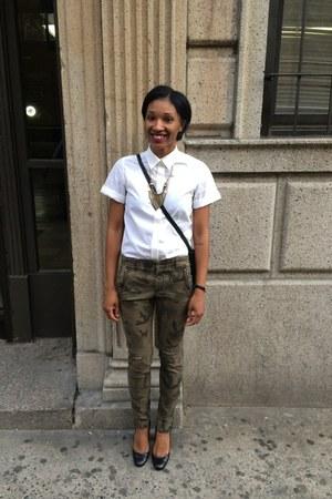 army green camo Zara pants - white button down everlane shirt - black bag
