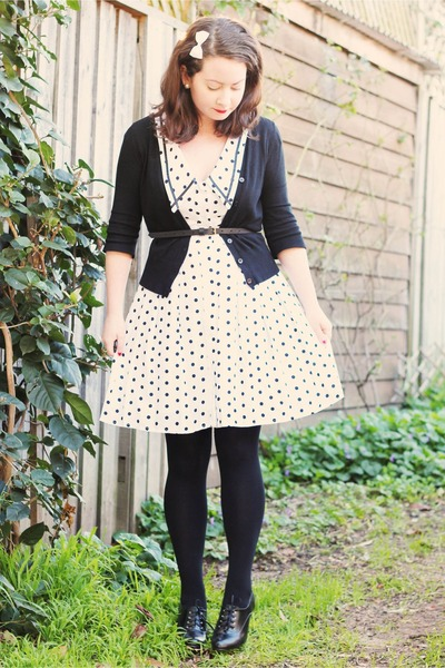 off-white-modcloth-dress-black-brogues-ebay-heels-black-myer-cardigan-off-_400.jpg