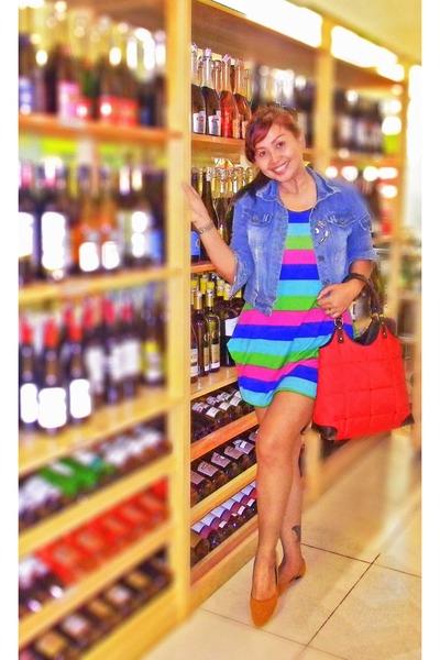 8e8c1c3fb1d blue dress - sky blue denim jacket - red kate spade bag - burnt orange suede