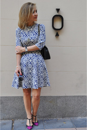 navy print Zara dress - black el corte ingles bag