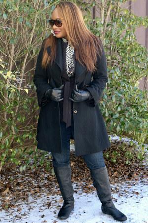 black Jessica Simpson jacket - black leather vera wang boots