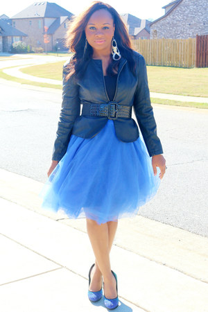 blue Pretty Pieces Boutique skirt - black Body Central blazer