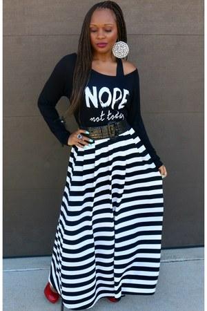 black and white Trish M Fashions shirt