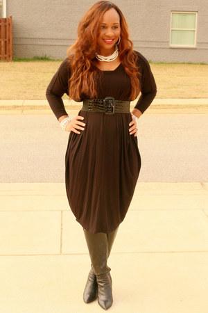 black Latrece Elegant Boutique dress - black leather Giani Bini boots