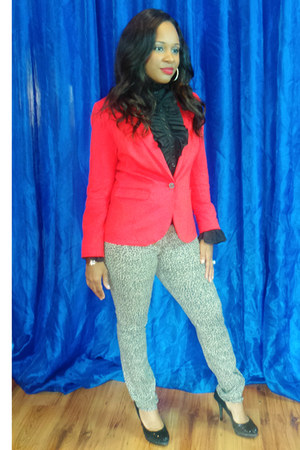 red H&M blazer - snakeskin Michael Kors purse - black Giani Bini heels