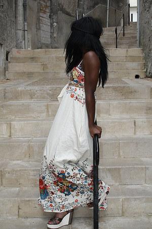 ivory Mango dress - brown Jacqueline Riu sandals
