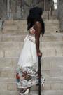 Ivory-mango-dress-brown-jacqueline-riu-sandals