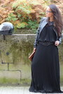 Black-dress-chesco-dress-black-vila-jacket-black-bala-boost-ring