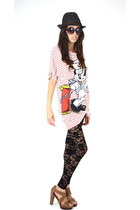 lace Forever 21 leggings - cotton vintage Disney t-shirt