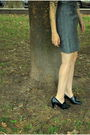 Gray-vintage-dress-black-predictions-shoes-black-sunglasses