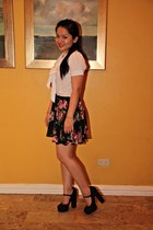 white g2000 blouse - black Forever 21 skirt - black Forever 21 shoes - gold Juic
