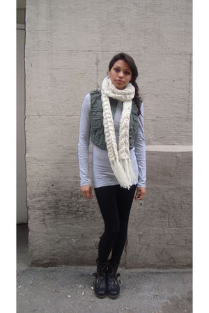 white H&M scarf - green thrifted vest - gray american eagle outfitters shirt - b