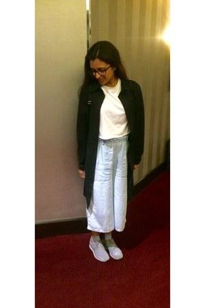 white DIY t-shirt - black vintage shirt - light blue culottes Primark pants