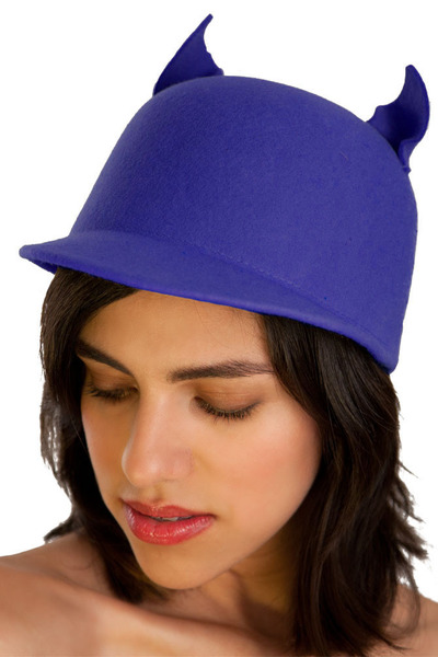 Lala and Sasi hat