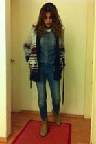 Oysho sweater - ankle Zara boots - Zara jeans - denim Bershka shirt