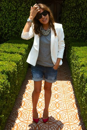 white Zara blazer - blue denim pull&bear shorts - silver H&M t-shirt