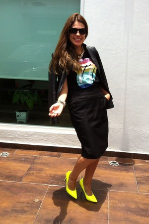 neon Accessorize heels - black leather jacket - black pencil Mango skirt