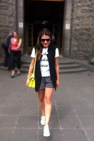 yellow Zara bag - Sheinside shorts - white Converse sneakers