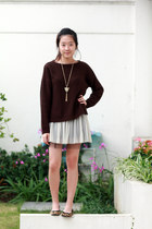 dark brown Zara sweater - off white Zara t-shirt - burnt orange Aldo flats