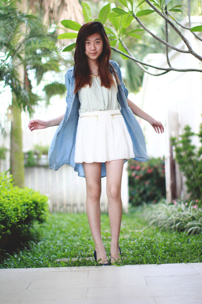 sky blue Zara top - aquamarine Zara top - white Zara shorts