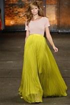 yellow skirt - peach shirt