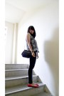 Black-nikicio-vest-black-zara-leggings-red-pedder-red-shoes