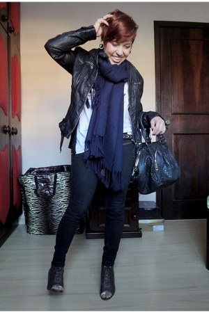 black King 55 jeans - black Bellmur jacket - navy PoA Market scarf - army green