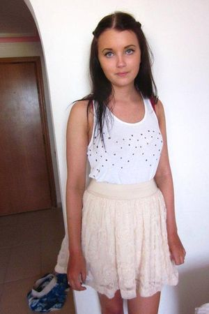white GINA TRICOT top - pink H&M skirt