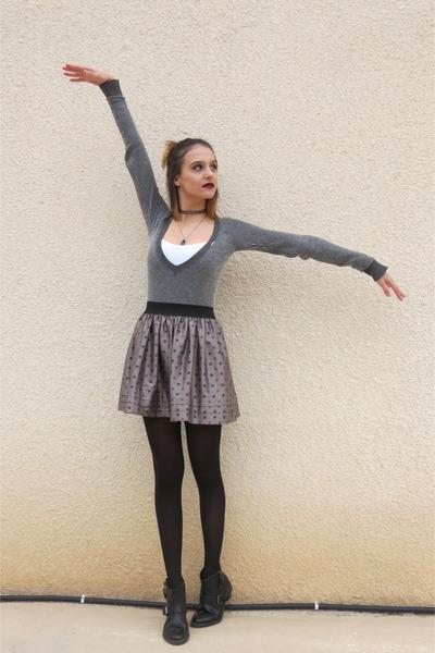 light brown Naf Naf skirt - black pull&bear boots