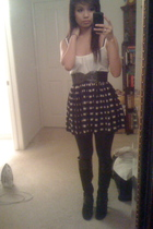 black Forever 21 skirt - black Nine West boots - black Forever 21 leggings