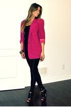 pink vintage blazer - black peep toe Aldo boots