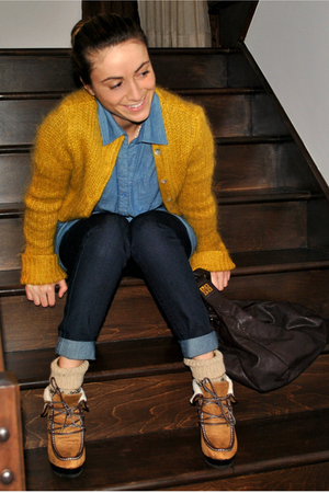 yellow Bedo cardigan - blue Forever 21 top - blue Forever 21 jeans - beige Arden