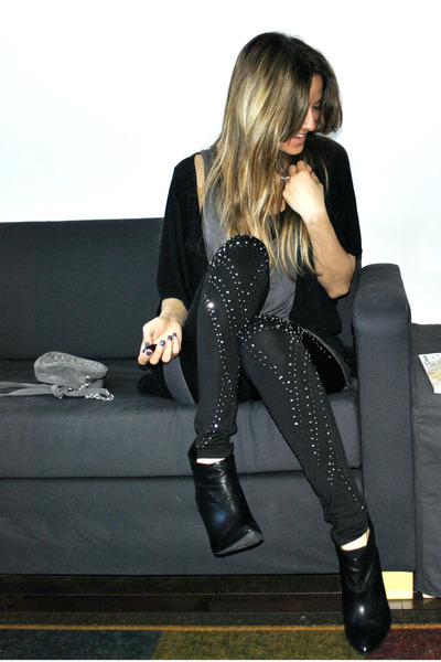 black studded Aldo leggings - black stiletto ankle Aldo boots