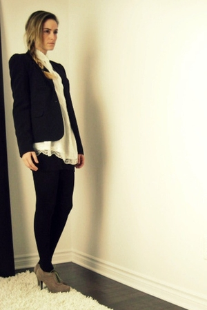 black Sirens blazer - white Ebay shirt - black American Apparel skirt - black H&