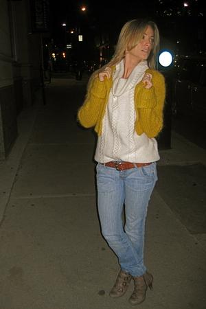 Bedo - le chateau sweater - Mango jeans - vintage belt - ASH boots