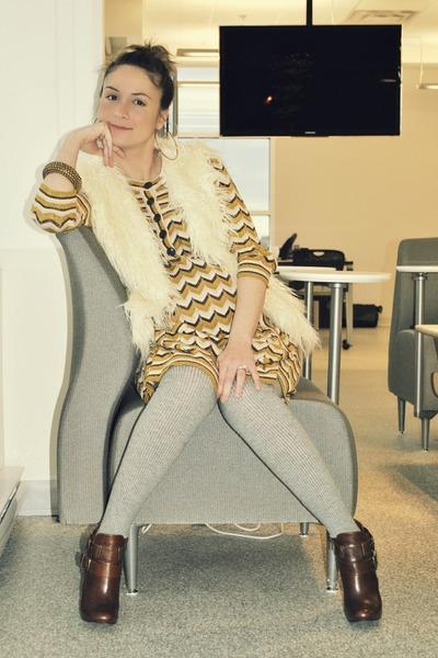 ivory Forever 21 vest - mustard H&M dress - heather gray H&M tights - brown Aldo