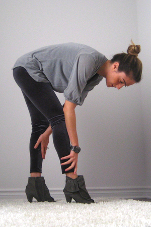 Ebay top - Simons leggings - Aldo boots - Ardene bracelet