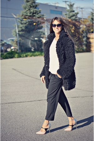black furry Primark coat - ivory knit Ardene sweater - light pink milanoo heels