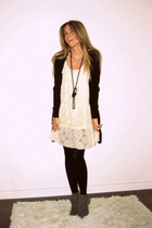 black pearl David Bitton  Buffalo necklace - cream lace Ebay dress
