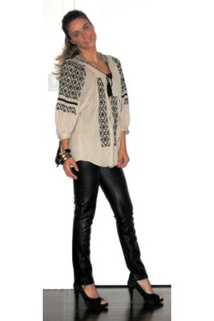 Zara top - Zara pants - Aldo accessories - David Bitton  Buffalo shoes