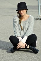 black Ardene hat - heather gray H&M sweater - light pink H&M top - black H&M leg