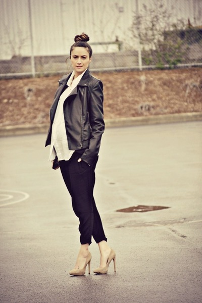 black leather biker Buffalo David Bitton jacket - tan suede pumps Aldo heels