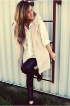 white Costa Blanca shirt - beige Ebay vest - black American Apparel leggings - b